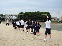 大縄跳びの練習風景