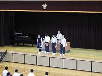 表彰式 弓道部が舞台に整列