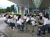 出陣式で吹奏楽部が演奏しました