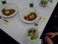 昼食(カレー)