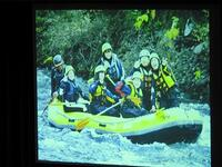 修学旅行・尻別川でのラフティング