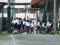 教室からグラウンドに避難